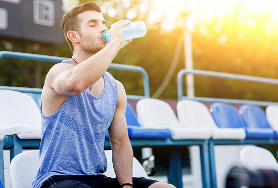 Лучшие спортивные энергетики: значение тонизирующих добавок в спорте и жизни